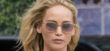 """Jennifer Lawrence & Cooke Maroney's wedding will be full of family"" links"