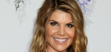 Lori Loughlin feels like her only shot is 'to fight this case in court' & be found not guilty