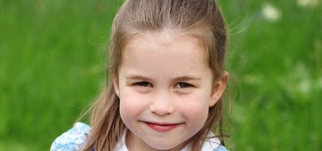 Duchess Kate published new photos to celebrate Princess Charlotte's 4th b-day