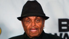 Joe Jackson wants sons to duet with dead Michael, Natalie Cole style