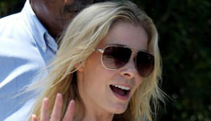 """LeAnn Rimes: marriages & affairs should be left """"in God's hands"""""""