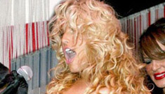Jessica Simpson does whatever people tell her to do