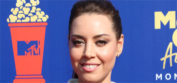 Aubrey Plaza in Miu Miu at the MTV Movie Awards: cute and typical?