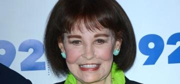 """Gloria Vanderbilt has passed away at the age of 95″ links"