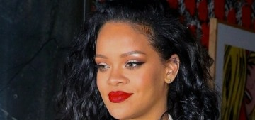 """""""Rihanna & Seth Meyers' day-drinking video is incredibly funny"""" links"""