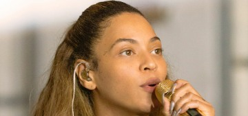 """""""Tina Lawson is the only who dares to annoy Beyonce"""" links"""