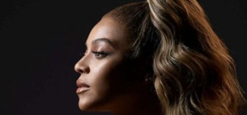 """""""Beyonce is the centerpiece of 'The Lion King' promotional image"""" links"""