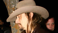 Kid Rock goes off when asked if he uses Twitter