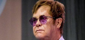Elton John defends the Duke & Duchess of Sussex, says they used his plane