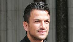 Peter Andre accepts damages for libel for paper's claim that he cheated