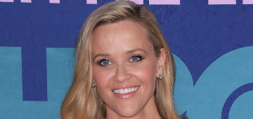 Reese Witherspoon will pull her car over if she sees someone walking a bulldog
