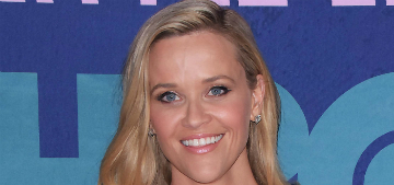 Reese Witherspoon dances embarrassingly in front of her 15-year-old son