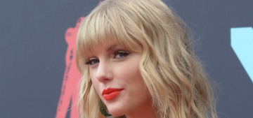Taylor Swift claims Braun & Borchetta won't let her perform her songs at the AMAs
