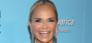 Kristin Chenoweth sprays disinfectant on the person next to her when flying commercial