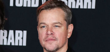 Matt Damon: you're not supposed to pee on jellyfish stings, take a bath