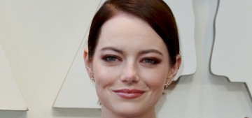 Is anyone else in love with Emma Stone's pearl & diamond engagement ring?