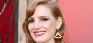 Jessica Chastain baked a cake for the first time and it was a disaster: relatable?