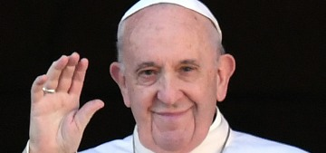 Pope Francis threw hands when a woman grabbed him & pulled him