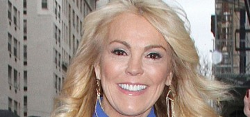 Dina Lohan got wasted at Outback Steakhouse & drunkenly did a hit-and-run