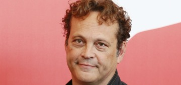 Vince Vaughn amicably chatted & shook small-hands with Donald Trump