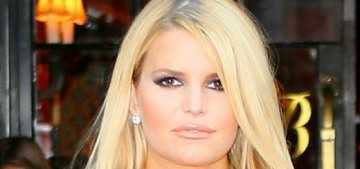 Jessica Simpson hit rock bottom with her alcoholism in 2017, hasn't had booze since