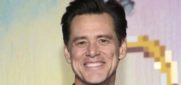 Was Jim Carrey creepy when he tried to flirt with a lady journalist?