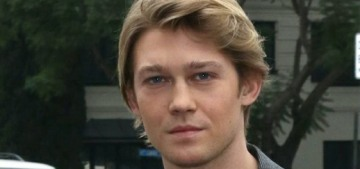 Joe Alwyn got a dictionary & lots of champagne for his 29th birthday