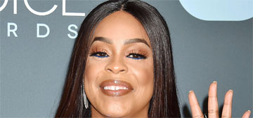 Niecy Nash: 'I'm one of the only people in Hollywood with their original teeth'