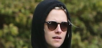 Kristen Stewart went for a hike during the quarantine, and honestly, same