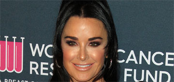 Kyle Richards dyes her roots at home, doesn't let her husband see the process