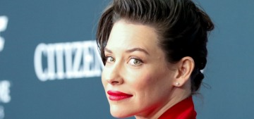 Evangeline Lilly apologizes for her virus comments, says she's social distancing now