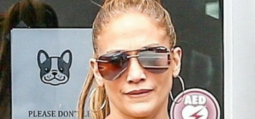 Jennifer Lopez isn't giving away her own money to worthy people on 'Thanks a Million'