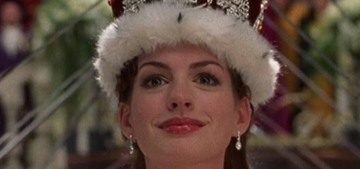Queen Mia – aka Anne Hathaway – did the Pillow Challenge for Genovia