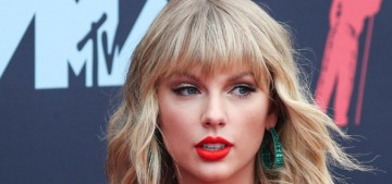 Taylor Swift has spent the lockdown cooking, drinking wine & listening to music