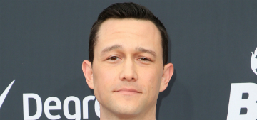 Joseph Gordon-Levitt: it's really not fair that some people are able to stay home