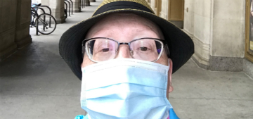 Woman with breast cancer opens up about getting treatment during the pandemic