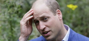 Prince William took Kate & the kids on vacation to Cornwall this week