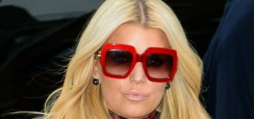 Jessica Simpson hasn't wanted to drink at all during the pandemic: 'That's a big blessing'
