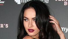 """Megan Fox says she prefers kissing girls"" morning links"