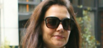Katie Holmes 'seems very into' Emilio Vitolo, 'she keeps texting him all day long'