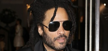 Lenny Kravitz scrubs himself with 'sand from the ocean' when he's in the Bahamas