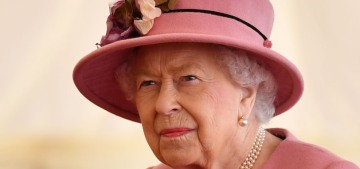Queen Elizabeth, 94, refused to wear a mask for her first public event in 7 months