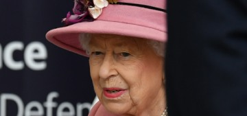 Will Queen Elizabeth take a coronavirus vaccine when it becomes available?