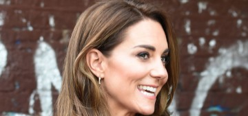 Duchess Kate & William go maskless for a 'Hold Still' event at Waterloo Station