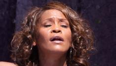 Whitney Houston's voice cracks during Good Morning America performance