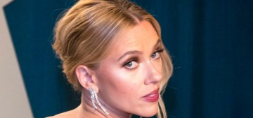 Scarlett Johansson & Colin Jost 'only planned their wedding for a few weeks'