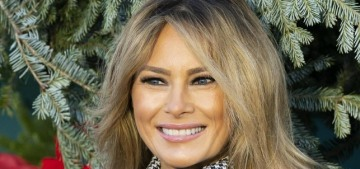 Melania Trump greets the White House Christmas tree for the last time