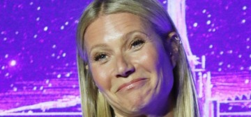 """Gwyneth Paltrow posted a lovely photo of her two teenagers"" links"