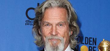 Jeff Bridges and his wife wear matching PJs: Let the gratefulness overflow into blessing