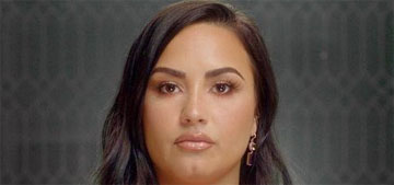 Demi Lovato has photos of lights she says are aliens she's contacted through meditation